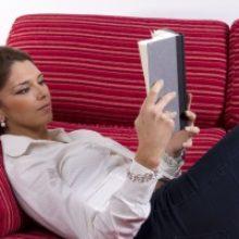 Книга в постели опасна для здоровья