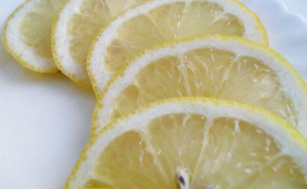 Лимон фрукт для стройности